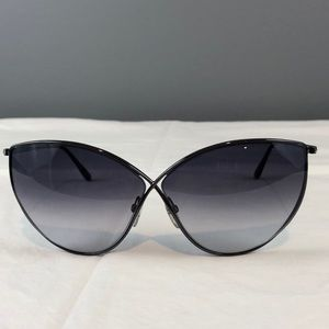 Women's Tom Ford Sunglasses made in Italy